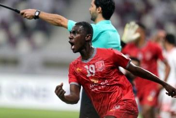 المعز علی مهاجم تیم الدحیل قطر گفت: می توانستیم گل های بیشتری به پرسپولیس بزنیم.