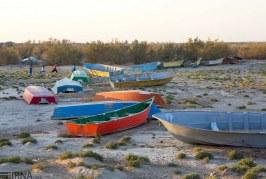 خودکشی قایقها از دردِ خشکی هامون