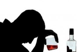 بچههای ۱۲ ساله در بین مسمومان الکلی اخیر؛ ۷۶۸ نفر در یک ماه اخیر مسموم شدند!