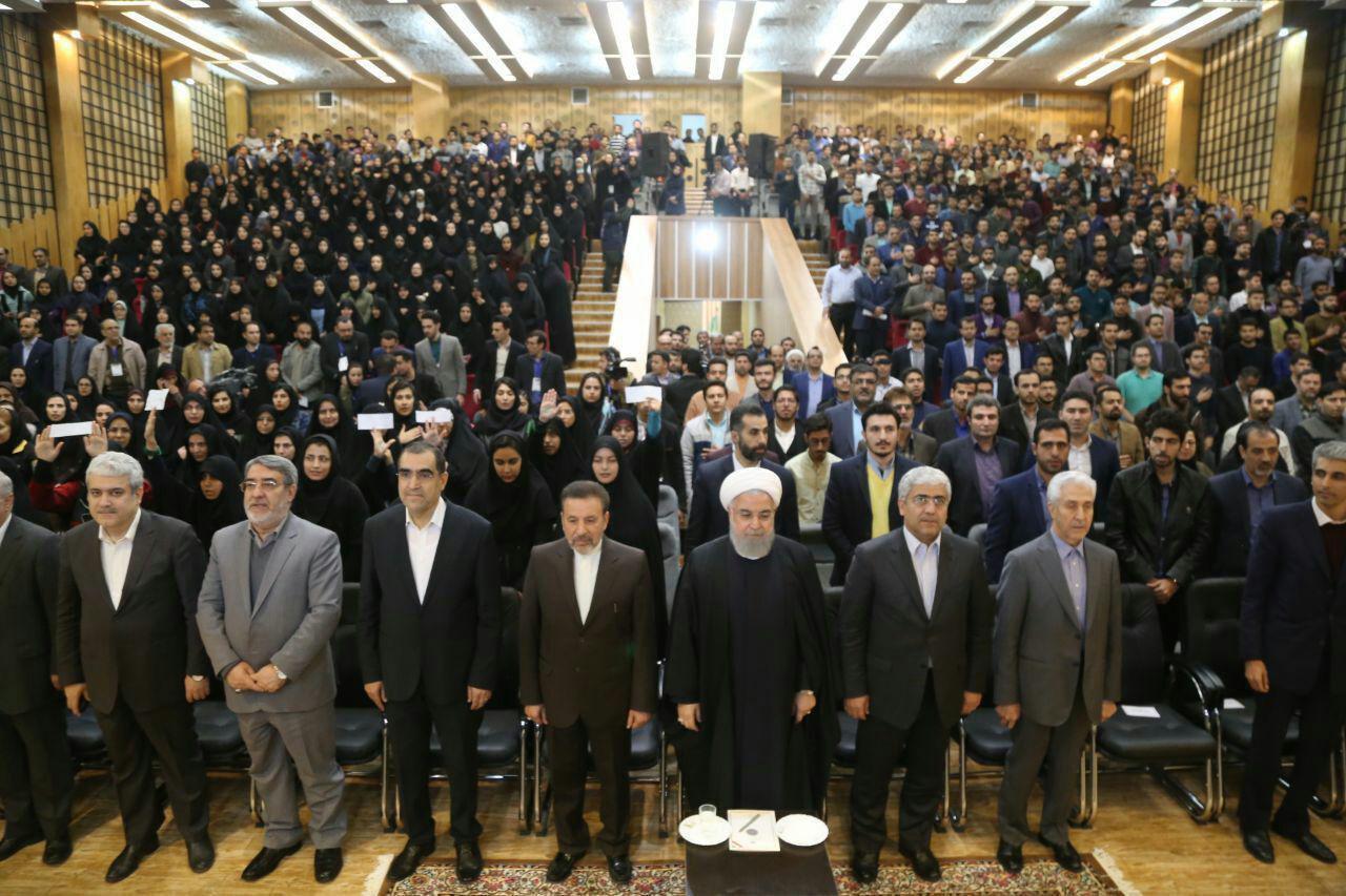 روحانی در دانشگاه سمنان