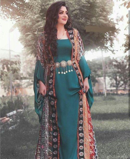 مدل لباس زنانه سنتی طرح دار کردی