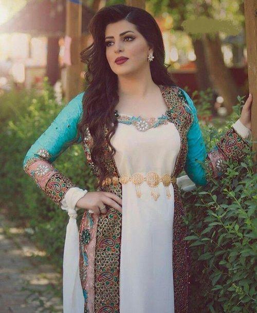 لباس سنتی کردی زنانه خوش رنگ و طرح دار
