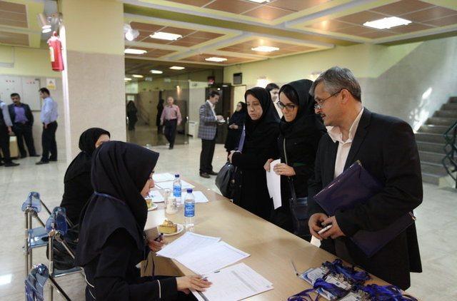 پرداخت تسهیلات قرض الحسنه کمک هزینه شهریه به دانشجویان دانشگاه پیام نور