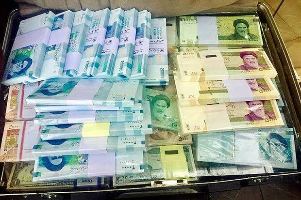 علیرضا بیرانوند برترین بازیکن فوتبال ایران شد و دستکش طلا گرفت