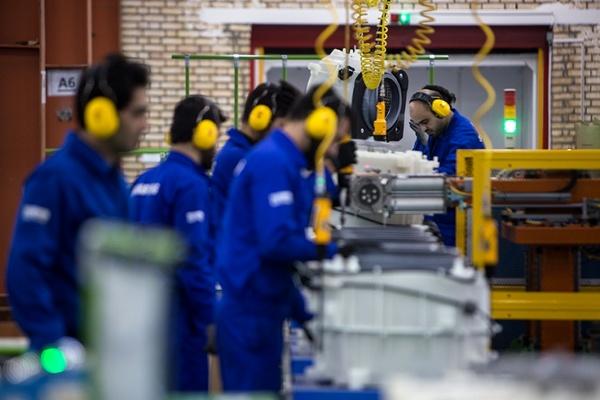 حداقل حقوق، مزایا و بیمه کارآموزان فرقی با کارگران ندارد