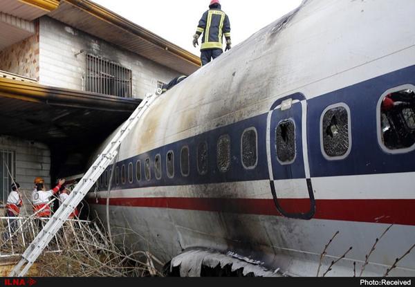 هواپیمای مسافربری پس از پرواز از فرودگاه امام خمینی (ره) در شهریار سقوط کرد