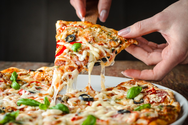 طرز تهیه پیتزا تصویری