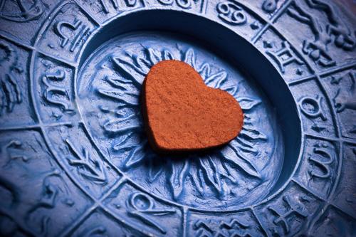 فال عاطفی و عشق روزانه ، فال روزانه عاطفی ، فال روزانه عشق فارسی کلاب