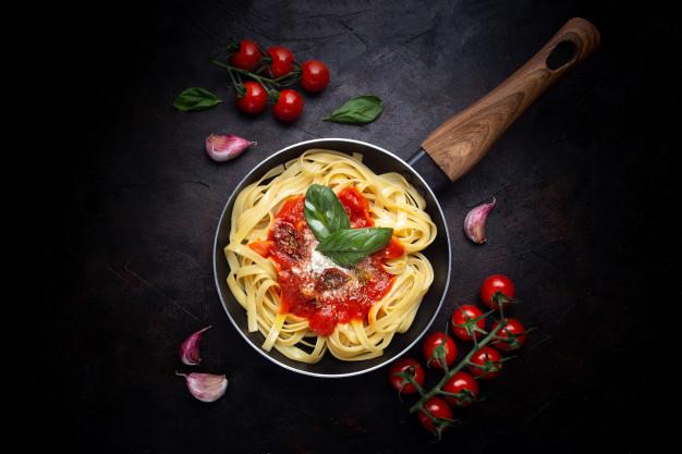 طرز تهیه ماکارونی ایتالیایی ساده