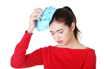 درمان سردرد با قالب یخ