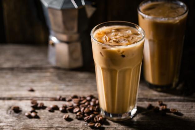 نحوه ی خوردن قهوه موکا