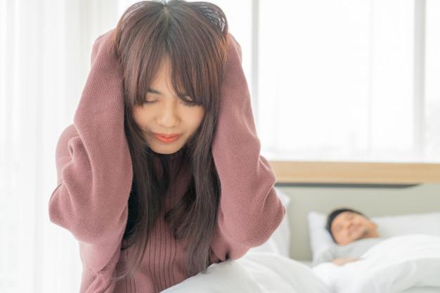 درمان خانگی سردرد ضربان دار ، علت سردرد همراه با تپش قلب