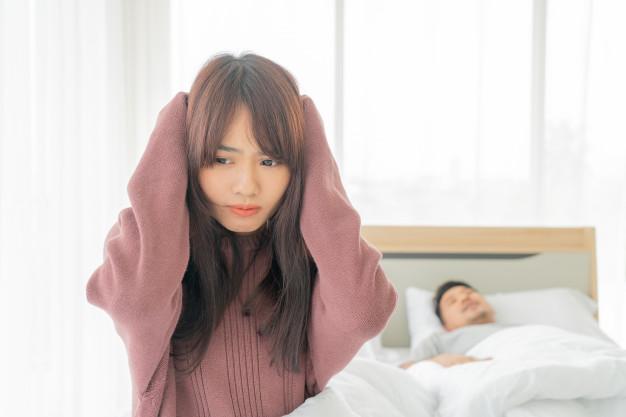 درمان خانگی میگرن قاعدگی ، علت نبض سمت چپ سر
