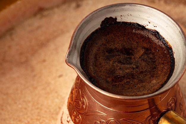 درست کردن قهوه ترک روی گاز