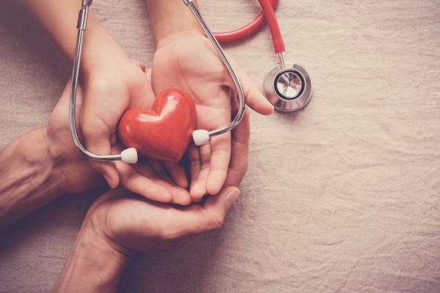 قهوه فشار خون ، قهوه فشار خون را بالا میبرد یا پایین