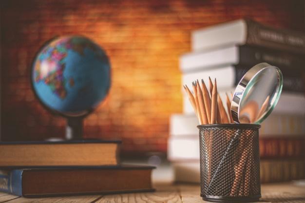 شعر رد وصف معلم و استاد ، دوبیتی در وصف استاد